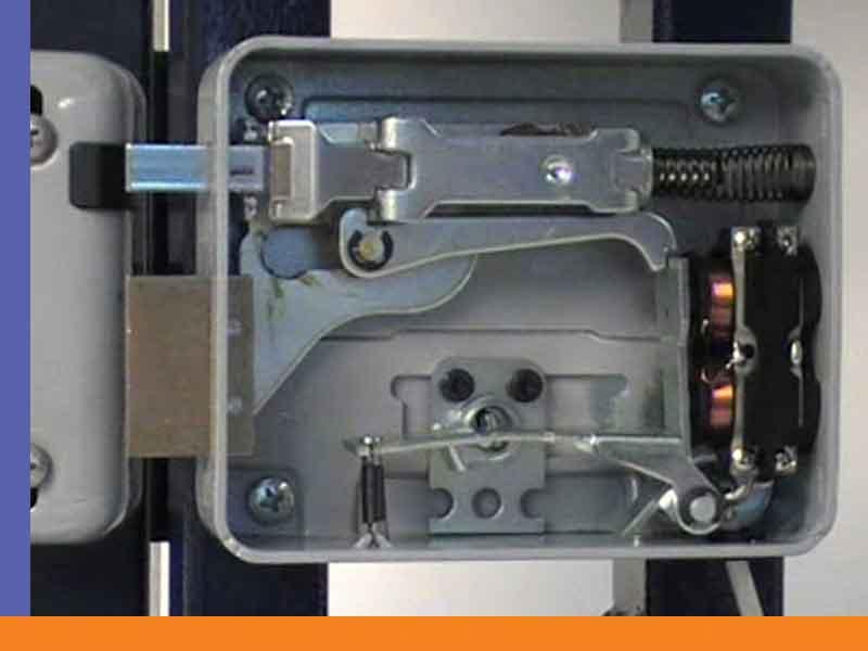 تعمیر انواع قفل برقی در اصفهان